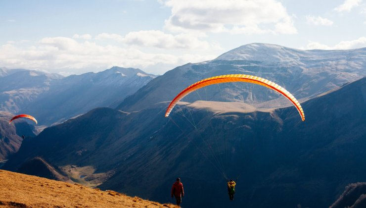 Paragliding in Georgia: places, prices, contacts